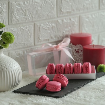 Box of  5 Rose macrons