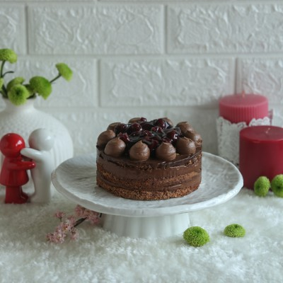 Cherry Dacquoise Cake 500gms (Contains Egg)