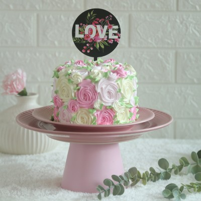 Colourful Rosette cake	750gms with love topper in black