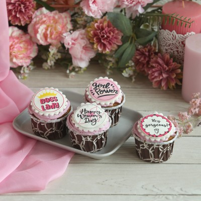 Women's Day Blueberry Cup Cakes