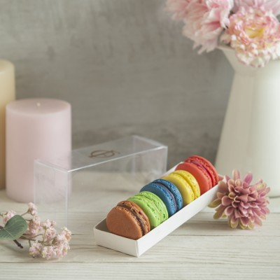 Box of 5 Macarons (Contains egg)