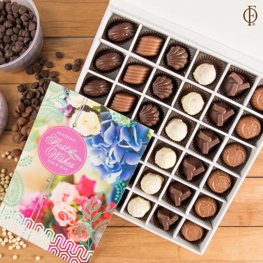 Box of 36 chocolate pralines with best wishes card