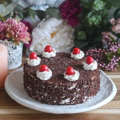 Black Forest classic Cake 500gms Eggless