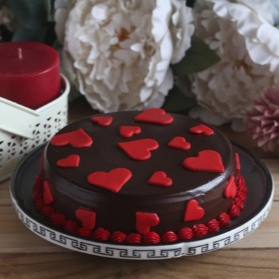Chocolate dutch truffle love cake 500gms