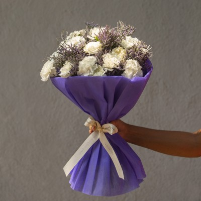 Hand Bouquet of 20 White Carnation and Lavenders