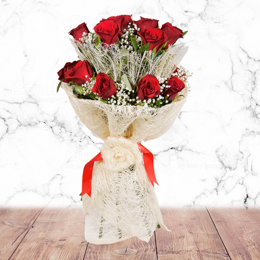 Remarkable Expression (Jute Bouquet with red roses)