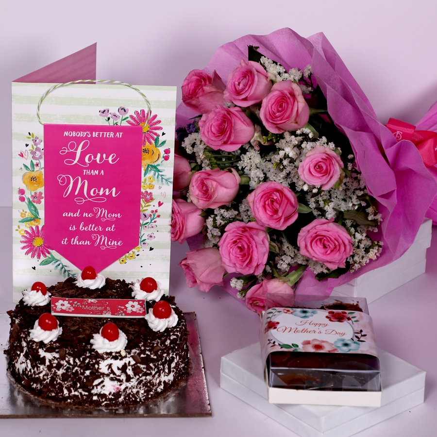 Mother Day Black Forest classic 500gms with card ,boquet of 15 pink roses & box of 6pcs brownies