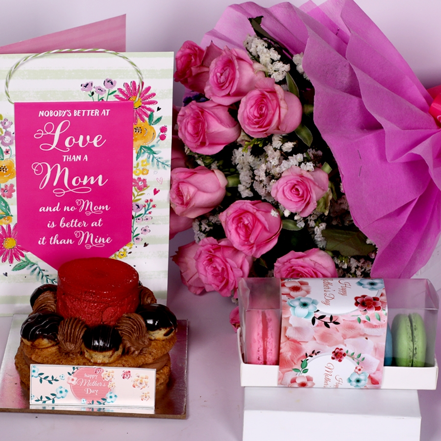 Mothers Day Desire 3 with card and boquet of 15 pink roses and  box of 5 macaroons