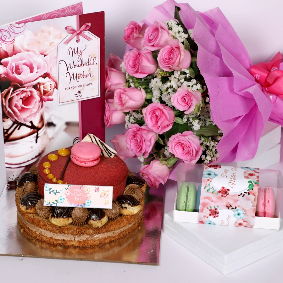 Mothers day Desire3 - 1kg with card & bouquet of 15 pink roses &  Box of 5 macaroons