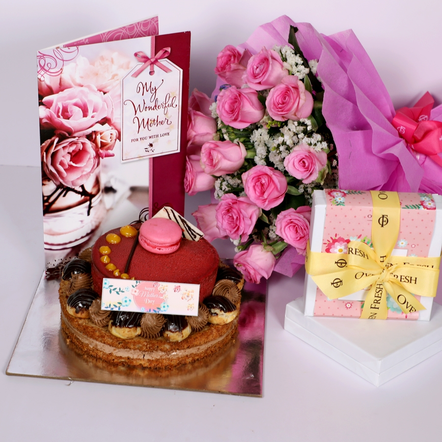 Mothers day Desire3 - 1kg with card & bouquet of 15 pinkroses & Box of 9 chocolate pralines