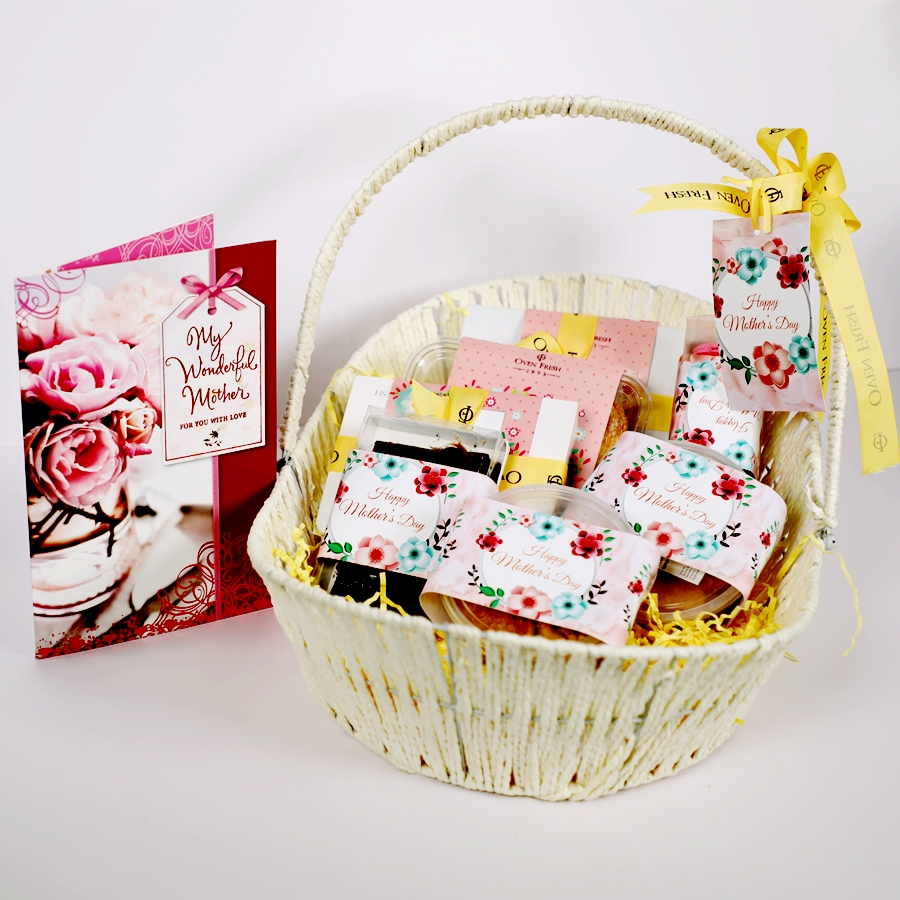Mothers Day Gift basket (Small ) Contains Egg with card