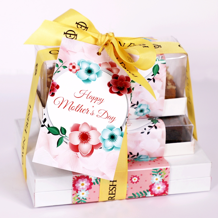 Mothers day Stack of boxes (Small) Contains Egg