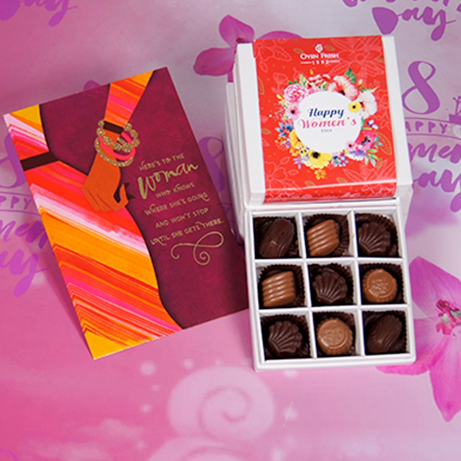 Womens Day box of 9 chocolate pralines with card